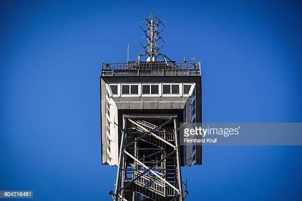 low angle view of berlin radio tower against clear blue sky - berliner funkturm stock-fotos und bilder