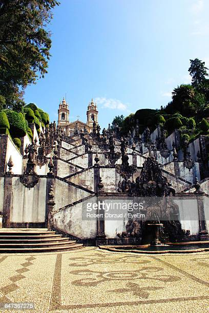low angle view of bom jesus do monte against sky on sunny day - braga imagens e fotografias de stock