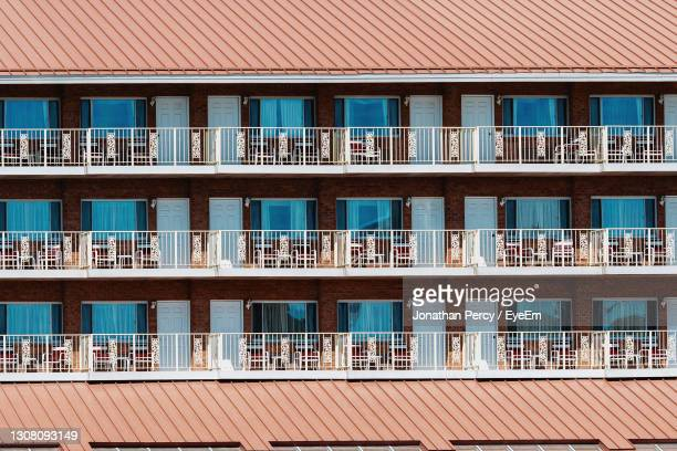 low angle view of building against sky - 2007 stock pictures, royalty-free photos & images