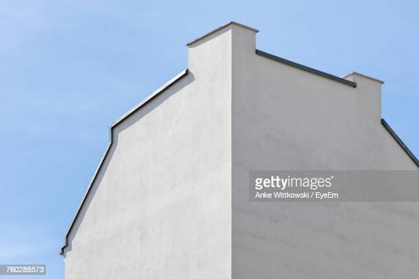 low angle view of building against sky - corner stock pictures, royalty-free photos & images