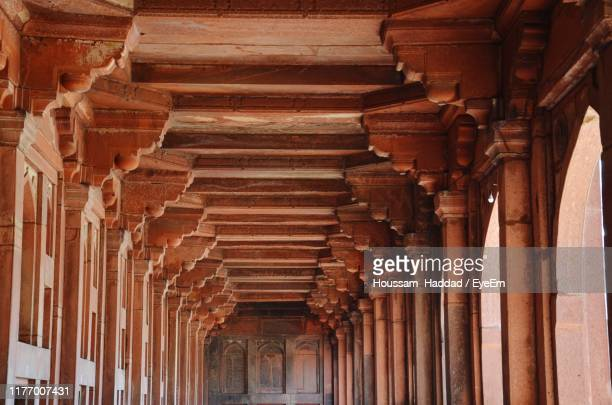 low angle view of ceiling - fatehpur sikri stock pictures, royalty-free photos & images