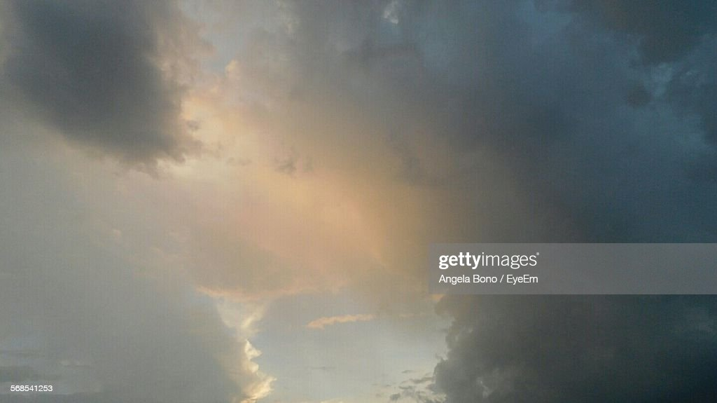 Low Angle View Of Cloudy Sky At Dusk : Stock Photo