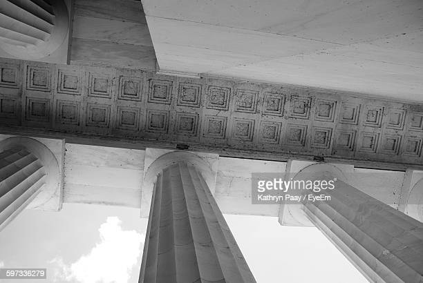 low angle view of lincoln memorial against sky - geometrical architecture stock photos and pictures