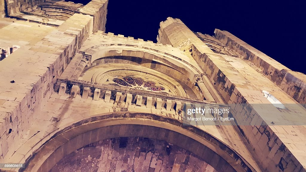 Low Angle View Of Lisbon Cathedral At Night : Stock Photo