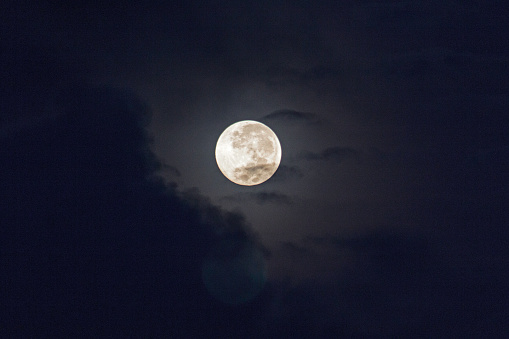 Low Angle View Of Moon In Sky - gettyimageskorea