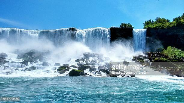 Low Angle View Of Niagara Falls Against Sky