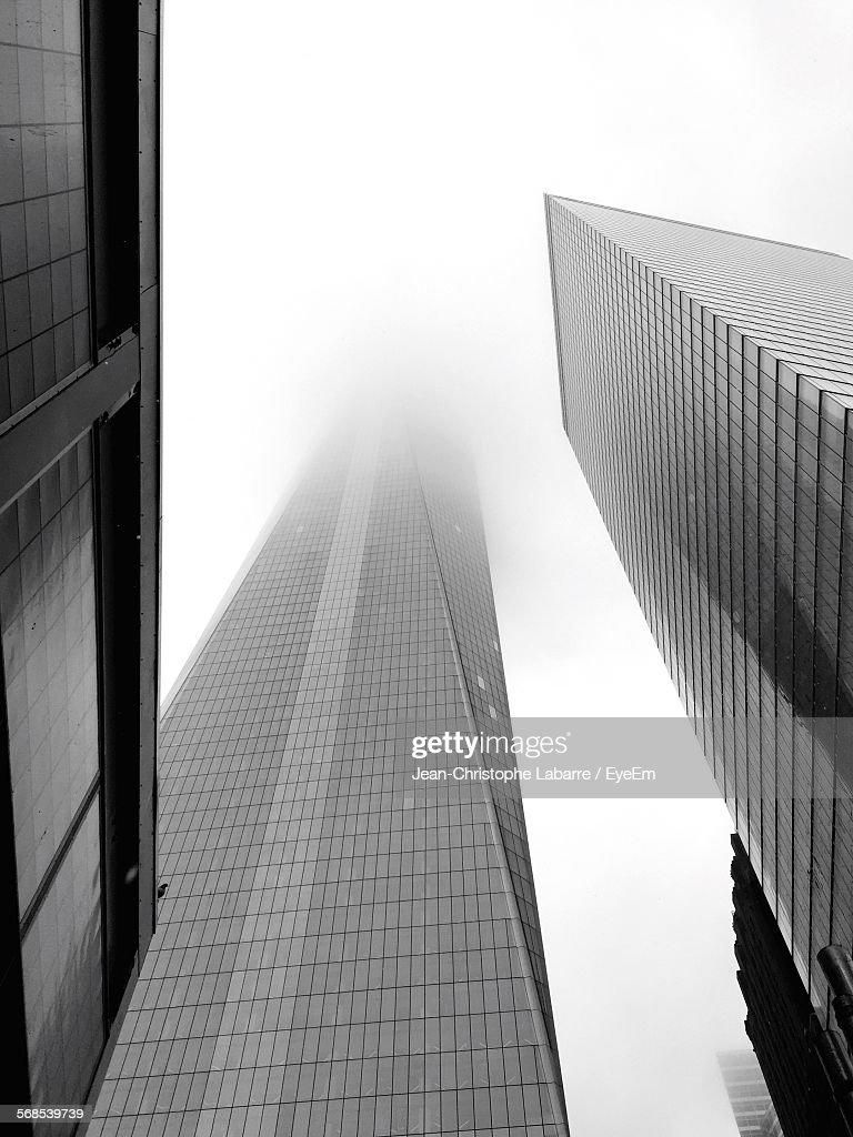 Low Angle View Of One World Trade Center Against Sky : Stock Photo