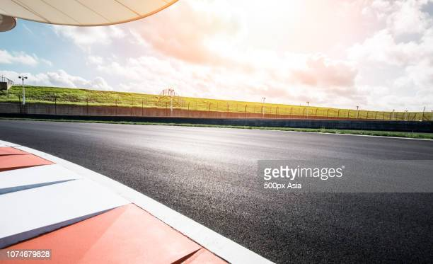 low angle view of road, australia - image stock pictures, royalty-free photos & images