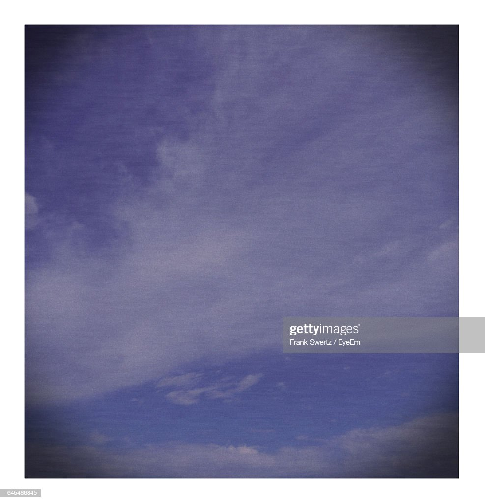 Low Angle View Of Sky : Stock-Foto