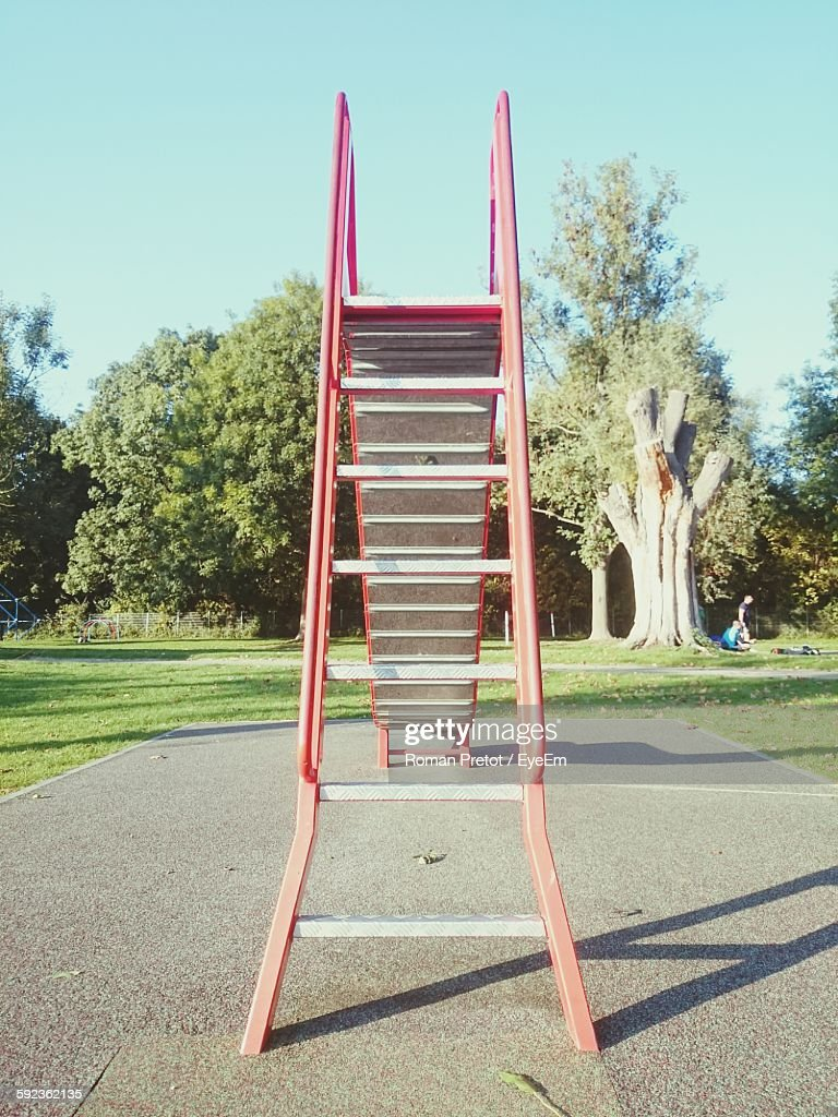 Low Angle View Of Slide At Park : Stock-Foto
