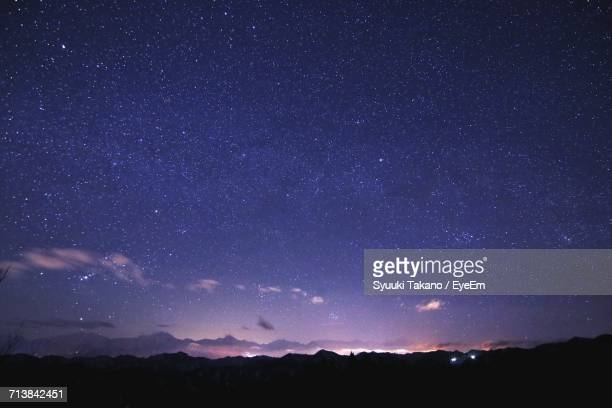 low angle view of star field against sky at night - 長野市 ストックフォトと画像