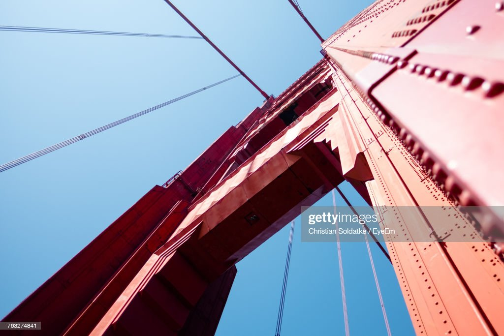 Low Angle View Of Suspension Bridge Against Clear Blue Sky : Stock-Foto