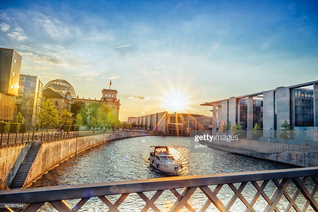low angle view on Brandenburger Tor in Berlin at sunset : Stock Photo