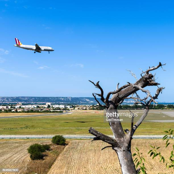 low cost airline german wings - marignane stock pictures, royalty-free photos & images