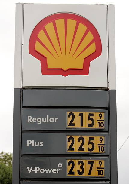 Toledo Gas Prices >> U S Gas Prices Continue To Fall Photos And Images Getty