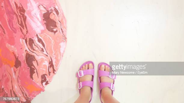 low section of child on floor - open toe stock pictures, royalty-free photos & images