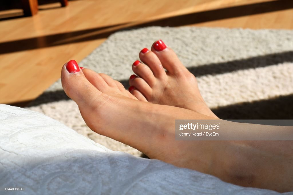 Low Section Of Woman : Stock Photo