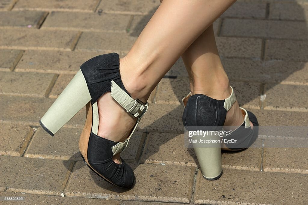 Low Section Woman In High Heel Sandals : Foto stock