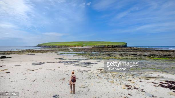 Low tide allows to reach the Brough of Birsay, which preserves the remains of ancient civilizations that from the 7th to the 13th centuries AD inhabited the Orkney islands, Scotland