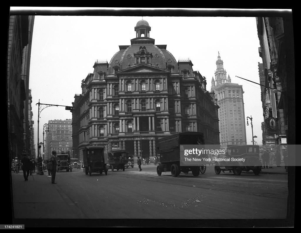 City Hall Post Office, New York, New York, late 19th or early 20th century.