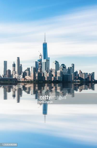 lower manhattan skyline, new york skyline - new york state stock pictures, royalty-free photos & images