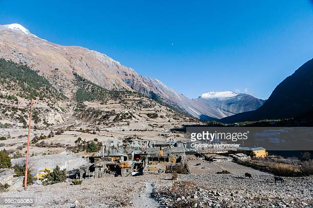 lower pisang - annapurna circuit - christine wehrmeier stock photos and pictures