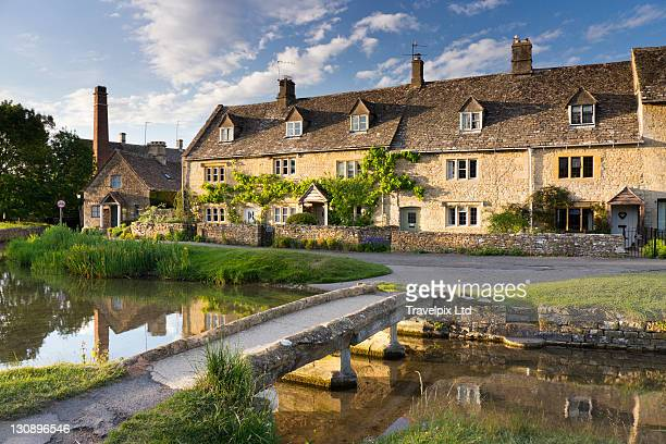 lower slaughter, cotswold,uk - oxfordshire stock pictures, royalty-free photos & images