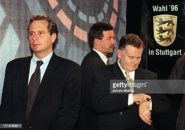 lr Der Spitzenkandidat der SPD in BadenWürttemberg Dieter Spöri FDPFraktions und Landeschef Walter Döring und Ministerpräsident Erwin Teufel am 24...
