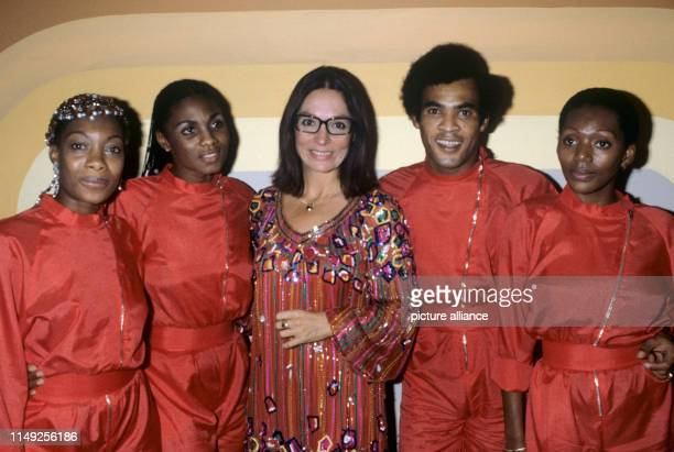 L-r. Maizie Williams, Marcia Barrett ,Nana Mouskouri, Bobby Farrell, Liz Mitchell in October 1991.