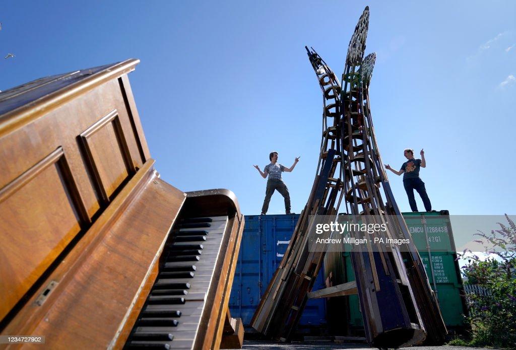 Pianodrome sculptures : News Photo