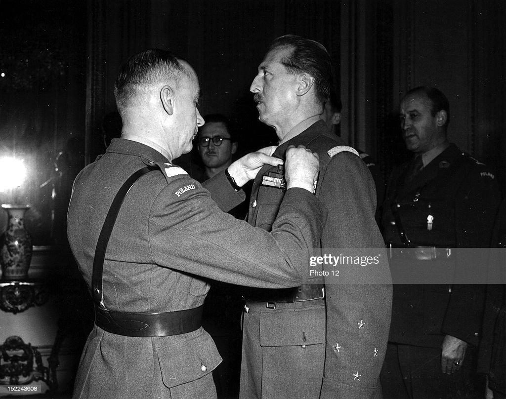Lt, Gen, Kopanski, Chief of the Polish General Staff, pins