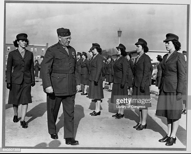 Lt. Gen. Thomas Holcomb Reviewing Female Marines