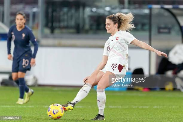 Luana Buhler of Switzerland runs with the ball during the friendly match between France and Switzerland at Saint-Symphorien Stadium on February 20,...