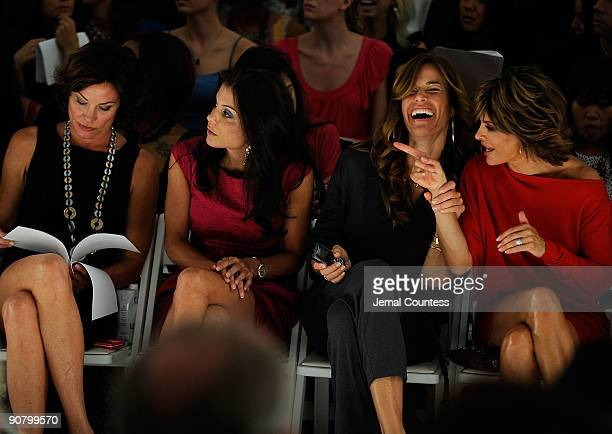 LuAnn de Lesseps Bethenny Frankel Kelly Bensimon and Lisa Rinna attend Pamella Roland Spring 2010 fashion show at Bryant Park on September 15 2009 in...