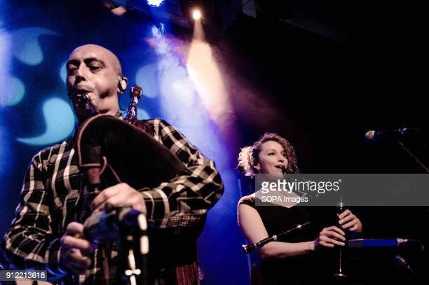 Luar Na Lubre during its first gig in London Luar na Lubre is a Spanish music band formed in 1986 they hosted their first gig in the UK in January...