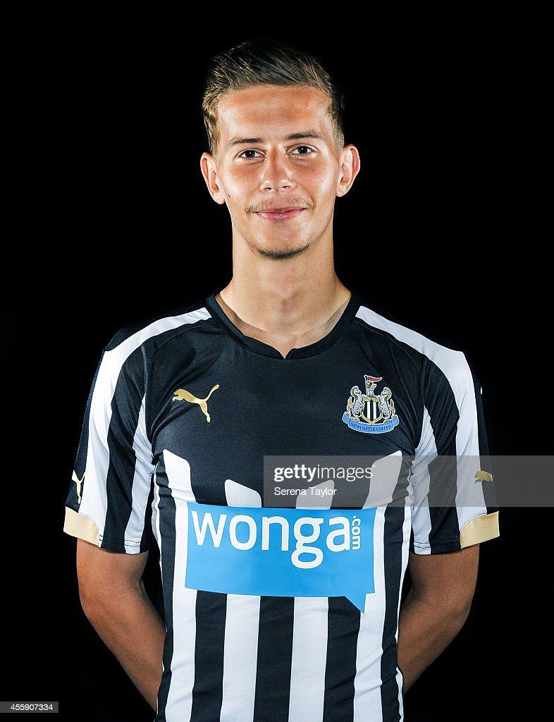 Newcastle United Academy Photocall : News Photo