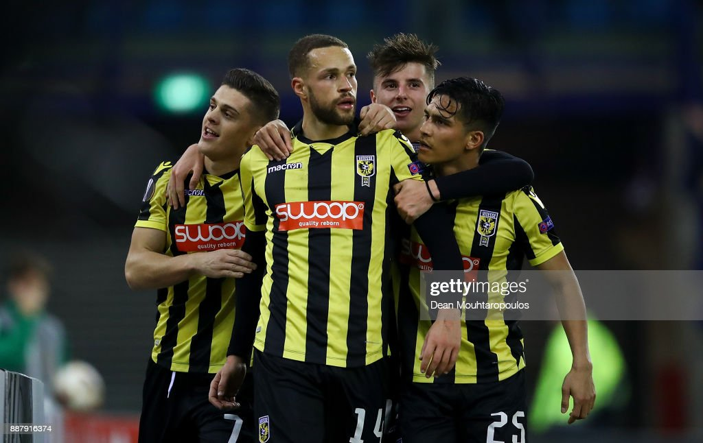 Luc Castaignos of Vitesse celebrates with team mates after scoring his team's first goal of the game during the UEFA Europa League group K match between Vitesse and OGC Nice on December 7, 2017 in Arnhem, Netherlands.