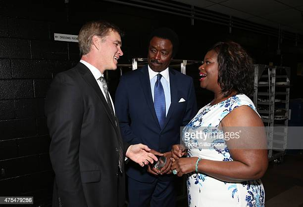 Luc Robitaille Jim Hill and Retta attend the 2015 CedarsSinai Sports Spectacular at the Hyatt Regency Century Plaza on May 31 2015 in Century City...