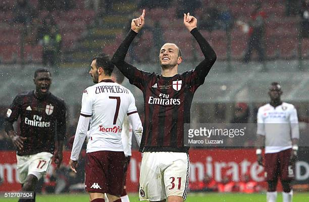 Luca Antonelli of AC Milan celebrates after scoring the opening goal during the Serie A match between AC Milan and Torino FC at Stadio Giuseppe...