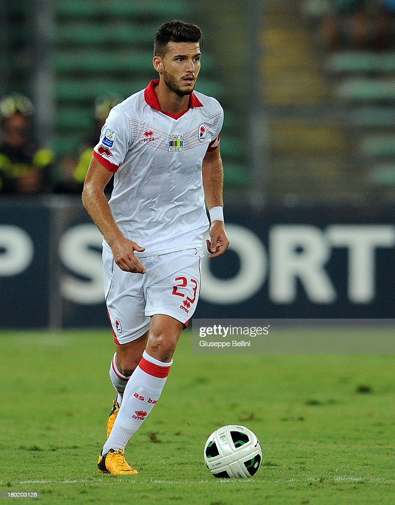 Luca Cappitelli of Bari in action during the Serie B match between AS Bari and Brescia Calcio at Stadio San Nicola on August 31, 2013 in Bari, Italy.