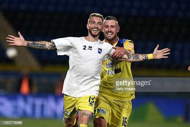 Luca Clemenza of Pescara celebrates after scoring the 1-1 goal during the serie B match between SC Pisa and Pescara Calcio at Arena Garibaldi on June...