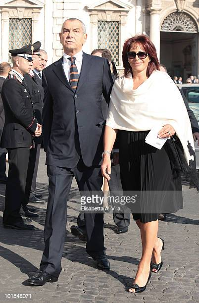 Luca Giurato and wife Daniela Vergara arrive at the Quirinale Palace to attend a Gala Dinner hosted by Italy's President Giorgio Napolitano on June 1...