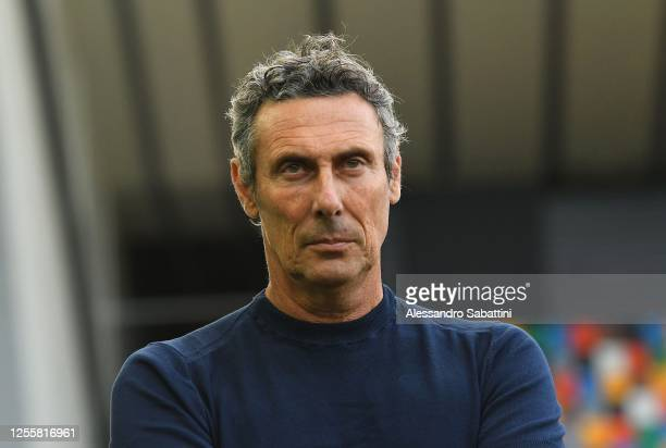 Luca Gotti head coach of Udinese Calcio looks on during the Serie A match between Udinese Calcio and UC Sampdoria at Stadio Friuli on July 12, 2020...