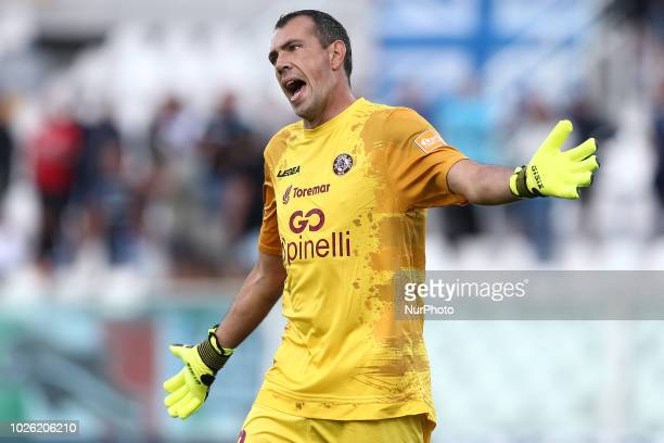Luca Mazzoni of AS Livorno 1915 in action during the Italian Serie B 2018/2019 match between Pescara Calcio 1936 FC and AS Livorno Calcio 1915 at...