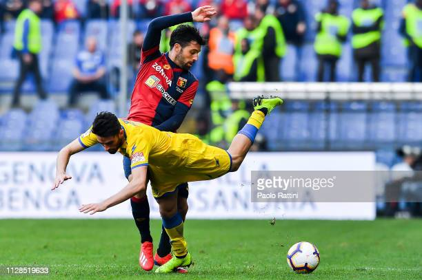 Luca Paganini of Frosinone and Daniel Bessa of Genoa vie for the ball during the Serie A match between Genoa CFC and Frosinone Calcio at Stadio Luigi...