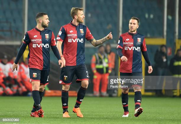 Luca Rigoni of Genoa asks the referee Fabbri if the goal is awarded during the serie A match between Genoa CFC and AC Milan at Stadio Luigi Ferraris...