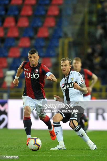 Luca Rigoni of Parma Calcio in action during the Serie A match between Bologna FC and Parma Calcio at Stadio Renato Dall'Ara on May 13 2019 in...