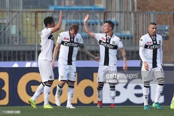 Luca Rigoni of Parma FC celebrates after scoring a goal during the Serie A match between Empoli and Parma Calcio at Stadio Carlo Castellani on March...