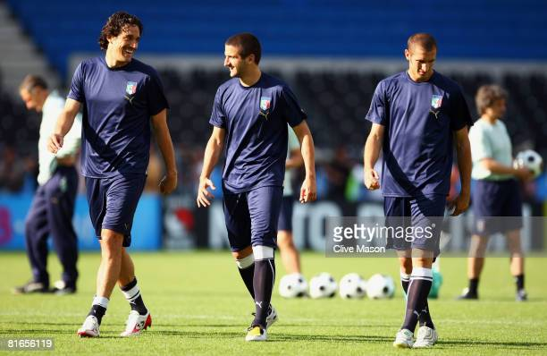 Luca Toni Alessandro Gamberini and Giorgio Chiellini look on during Italy training and press conference at ErnstHappel stadium on June 21 in Vienna...