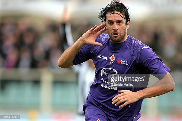 Luca Toni of ACF Fiorentina celebrates after scoring the opening goal during the Serie A match between ACF Fiorentina and AC Siena at Stadio Artemio...